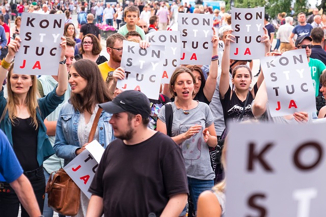 protestující veřejnost