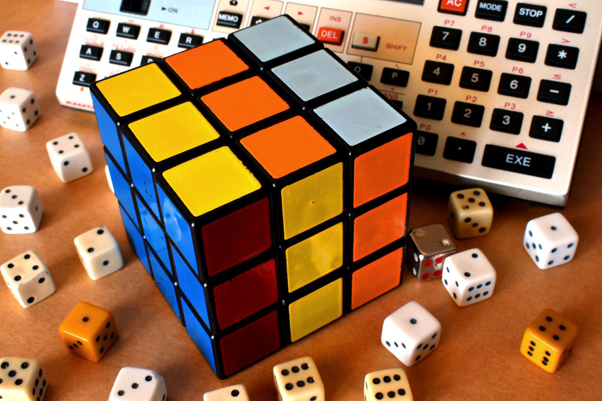 rubiks-cube-5017116_1920